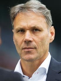 Посланник Nissan, Марко ван Бастен предсказывает результат Финала Лиги чемпионов УЕФА