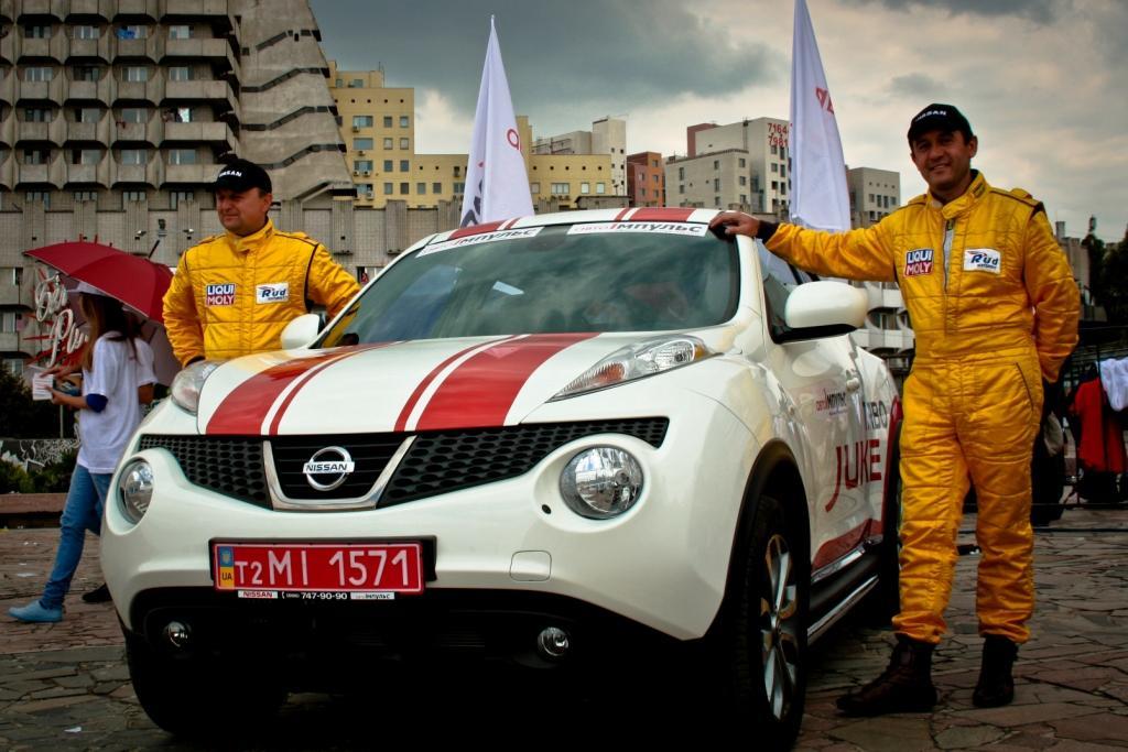 Авто-Импульс представил Парад чемпионов в День города