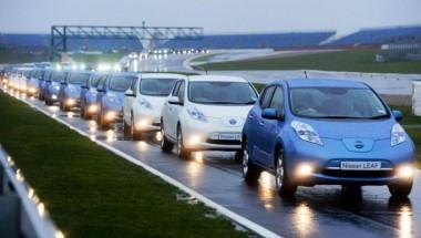 Nissan Leaf делает таксомоторный бизнес экологически чистым