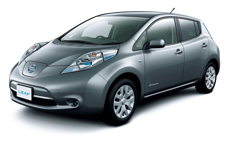 Таксомоторные компании меняют автомобили на Nissan LEAF.